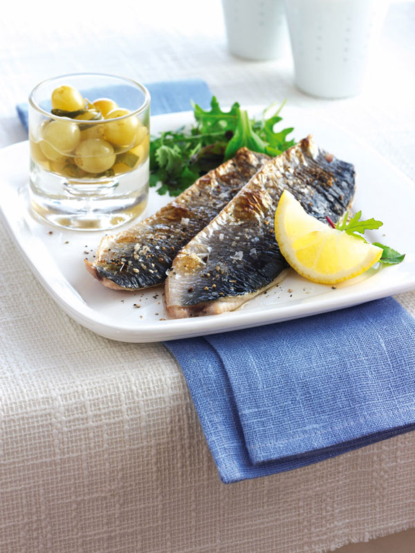 Grilled-herring-with-sweet-and-sour-grape-pickle