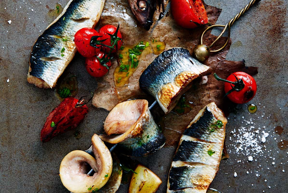 Baked-Herring-with-Lemon-and-Tomatoes-